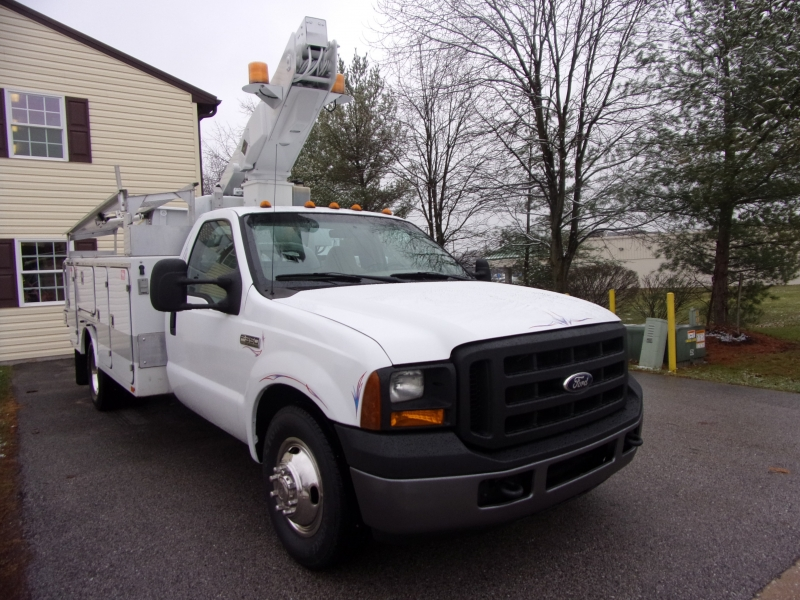 Ford Super Duty F-350 DRW 2006 price $33,900