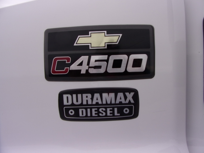 Chevrolet C4500 2004 price $26,900