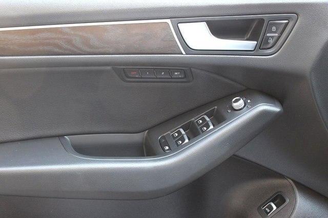 Audi Q5 2016 price $33,900