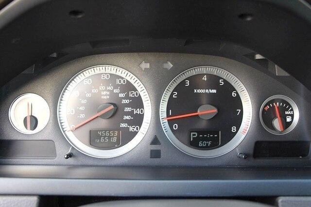 Volvo XC90 2014 price $18,888