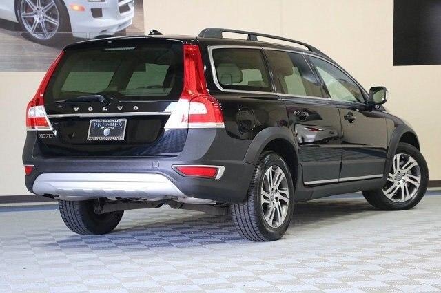 Volvo XC70 2014 price $22,500