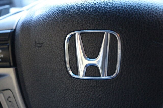 Honda Accord 2012 price $10,900