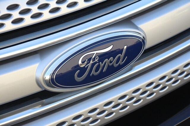 Ford Explorer 2015 price $12,900