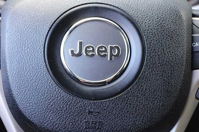 Jeep Cherokee 2016 price $16,400
