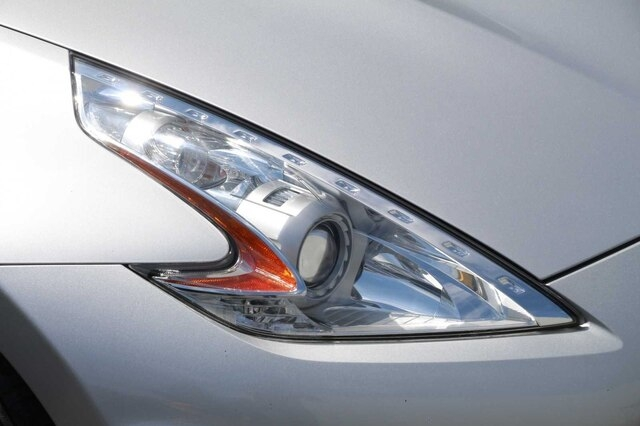 Nissan 370Z 2013 price $17,900