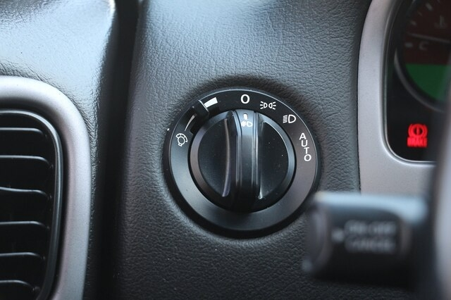 Pontiac GTO 2006 price $15,900