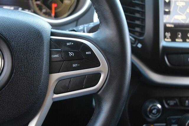 Jeep Cherokee 2017 price $22,900