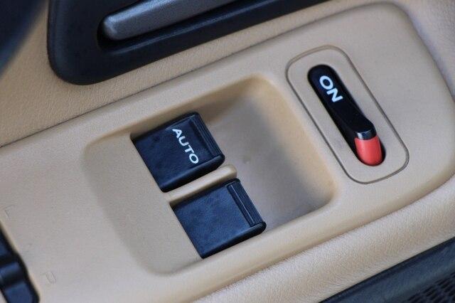Honda S2000 2005 price $23,900