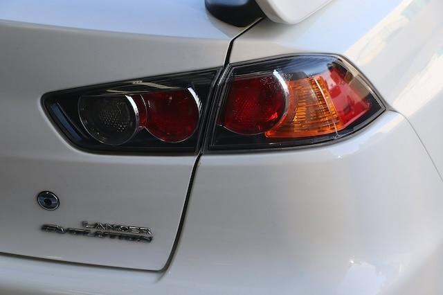 Mitsubishi Lancer Evolution 2015 price $31,900