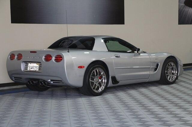 Chevrolet Corvette 2003 price $23,900