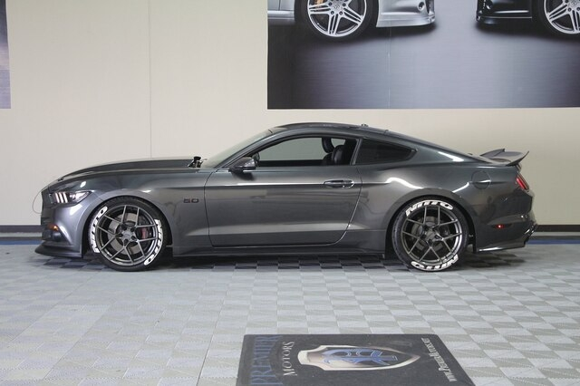 Ford Mustang 2016 price $32,900