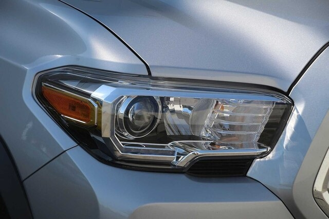 Toyota Tacoma 2017 price $29,900