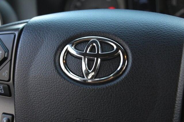 Toyota Tacoma 2017 price $28,888