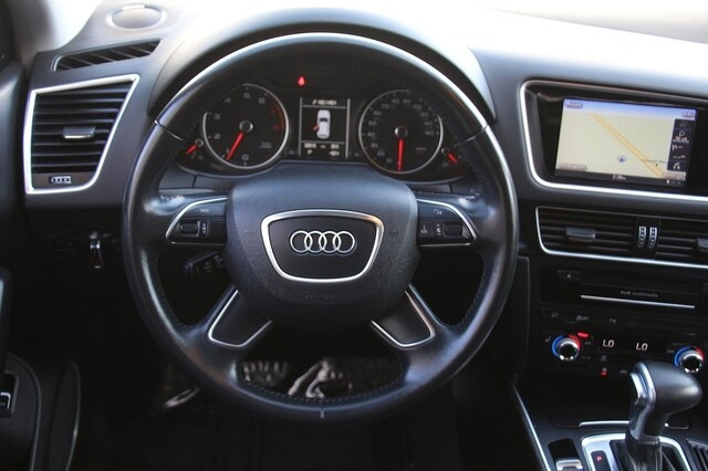 Audi Q5 2016 price $25,900