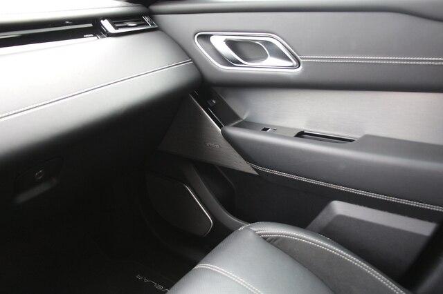 Land Rover Range Rover Velar 2018 price $49,900