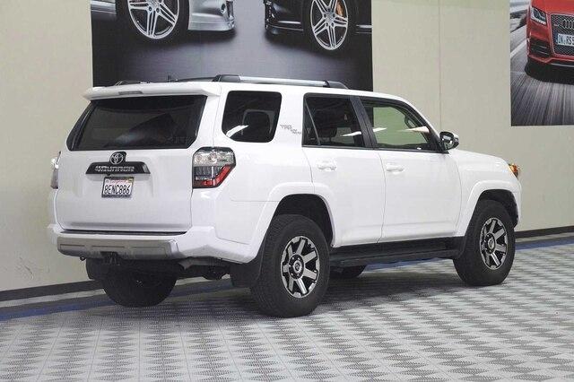 Toyota 4Runner 2018 price $36,800