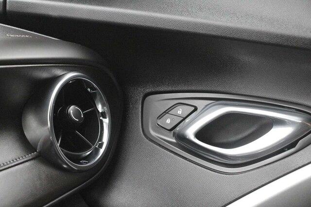 Chevrolet Camaro 2019 price $37,900