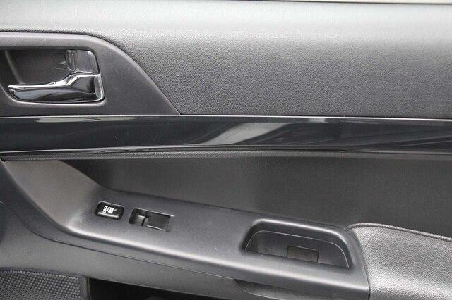 Mitsubishi Lancer Evolution 2014 price $29,900
