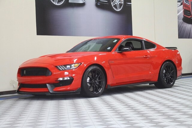 Ford Shelby GT350 2016 price $43,900