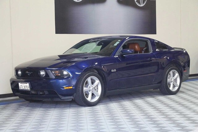 Ford Mustang 2012 price $16,900