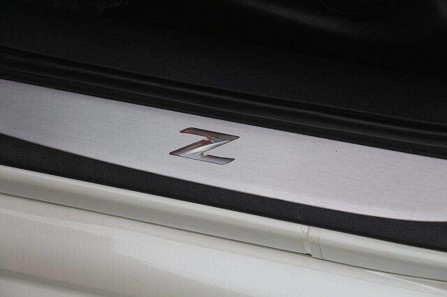 Nissan 370Z 2016 price $28,800