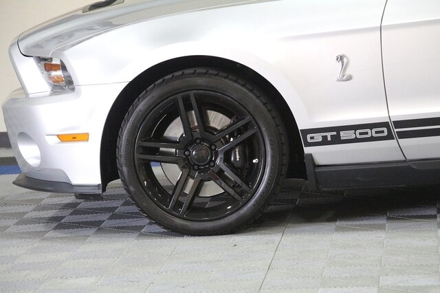 Ford Shelby GT500 2010 price $33,900