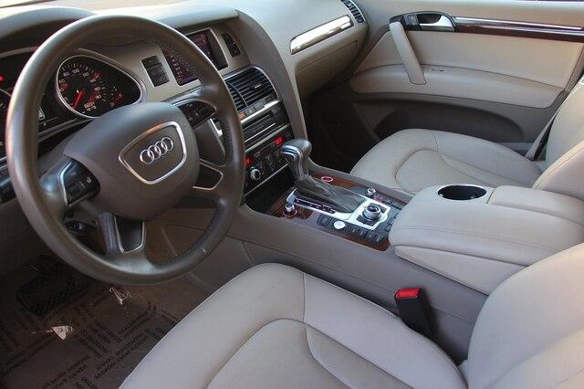 Audi Q7 2012 price $22,900