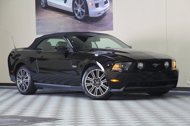 Ford Mustang 2011 price $19,900