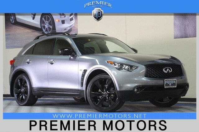 INFINITI QX70 2017 price Call for Pricing.