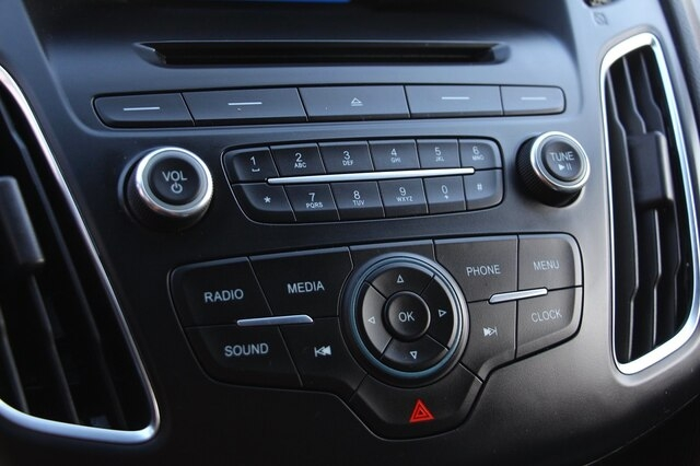 Ford Focus ST 2016 price $15,900