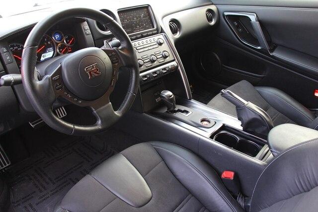 Nissan GT-R 2014 price $73,900