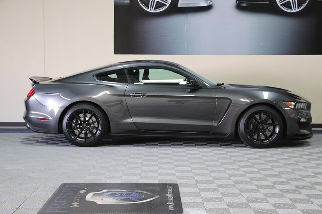 Ford Shelby GT350 2017 price $49,900