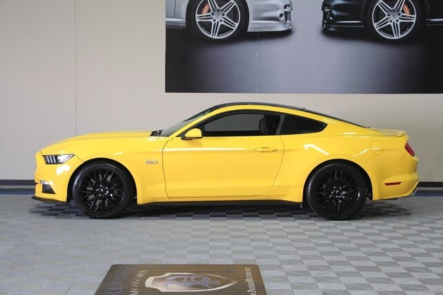 Ford Mustang 2016 price $25,900