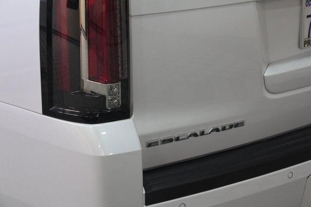 Cadillac Escalade 2016 price $45,900