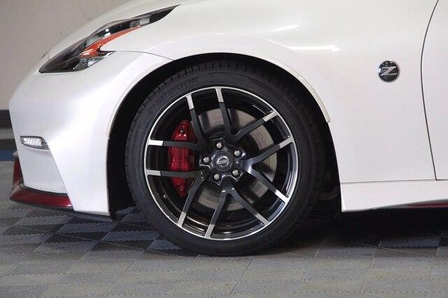 Nissan 370Z 2016 price $31,900