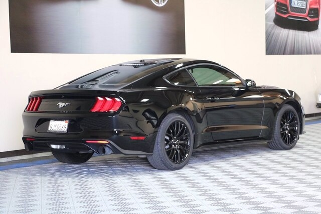 Ford Mustang 2019 price $25,900