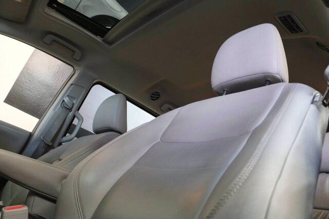 Toyota Sienna 2016 price $24,900