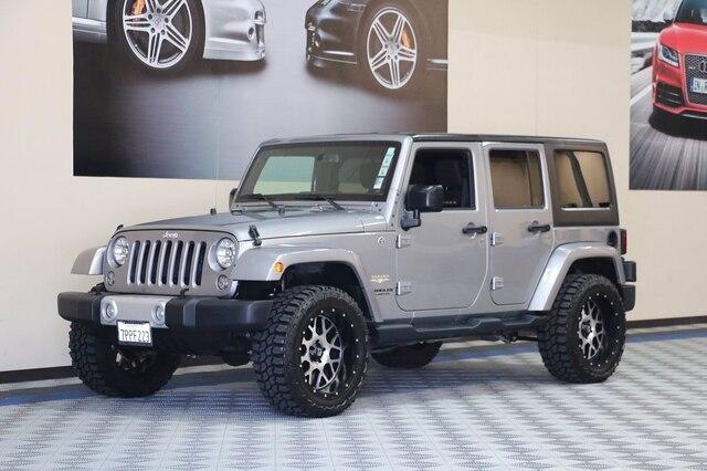 Jeep Wrangler Unlimited 2015 price $33,800