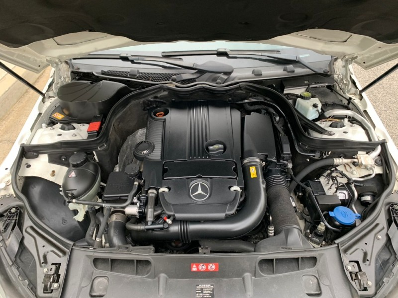 Mercedes-Benz C-Class 2014 price $11,200