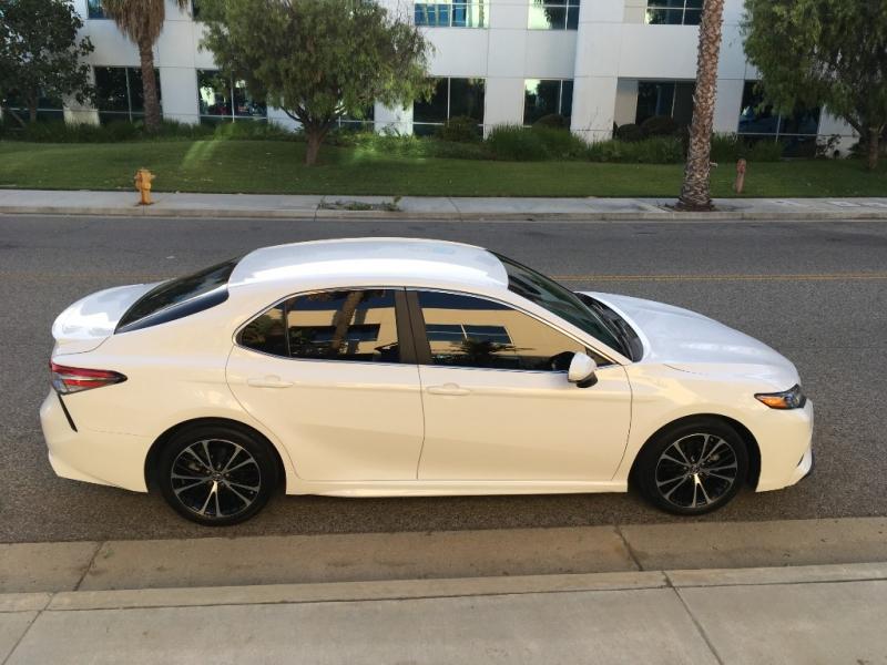 Toyota Camry 2018 price $19,426