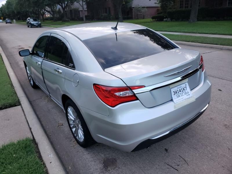 CHRYSLER 200 2012 price $6,491