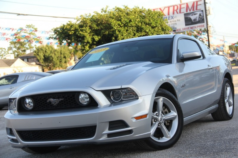 Ford Mustang 2013 price $18,890