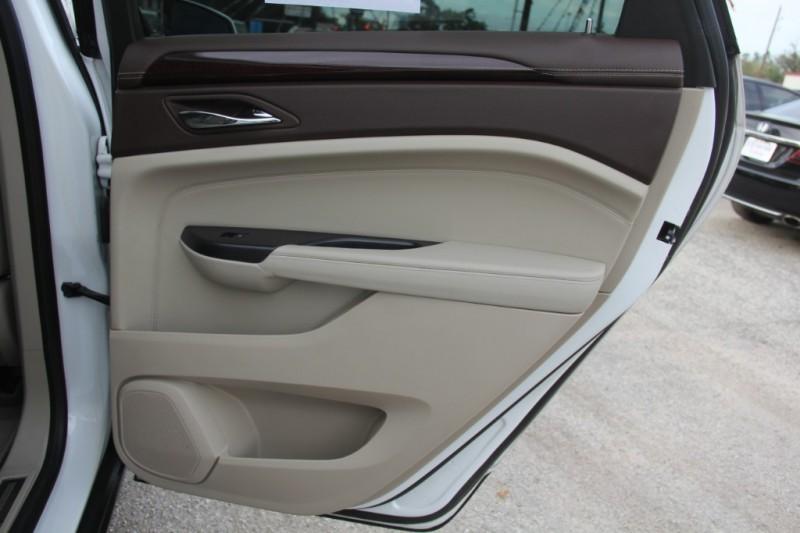 Cadillac SRX 2013 price $17,890