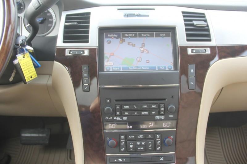 Cadillac Escalade ESV 2011 price $21,890