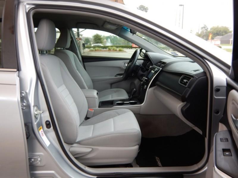 Toyota Camry 2016 price $12,200