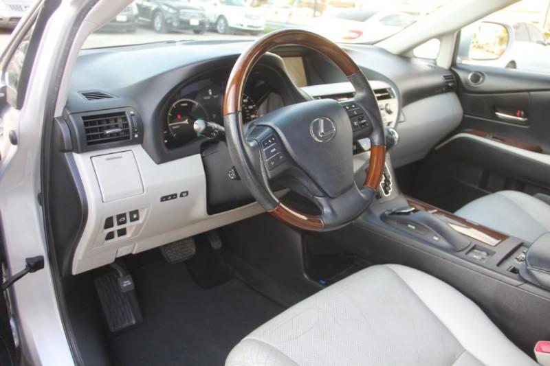 Lexus RX 450h 2010 price $11,890