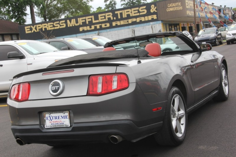 Ford Mustang 2010 price $11,890