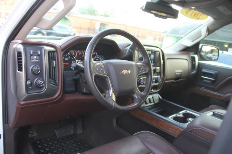 Chevrolet Silverado 2500HD Built After Aug 14 2015 price $34,890