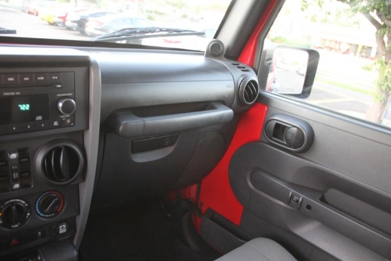 Jeep Wrangler Unlimited 2010 price $17,890