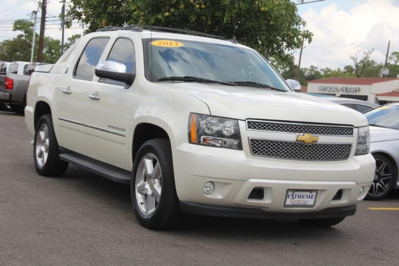 Chevrolet Avalanche 2013 price $24,699